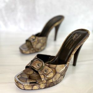 Donald J Pliner Leather Taupe Isis Open Toe Sandal